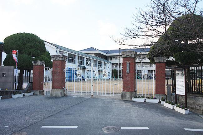 26 早島小学校
